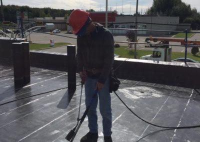pose de membrane élastomère sur toit plat Mont-Tremblant - Toiture Laurentides