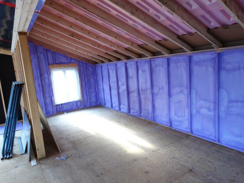 Isolation entre toit et toiture Laurentides / Toiture Laurentides
